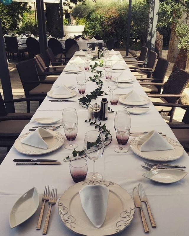 Repas de Groupe - La Table d'Yvan - Restaurant Saint-Remy-de-Provence